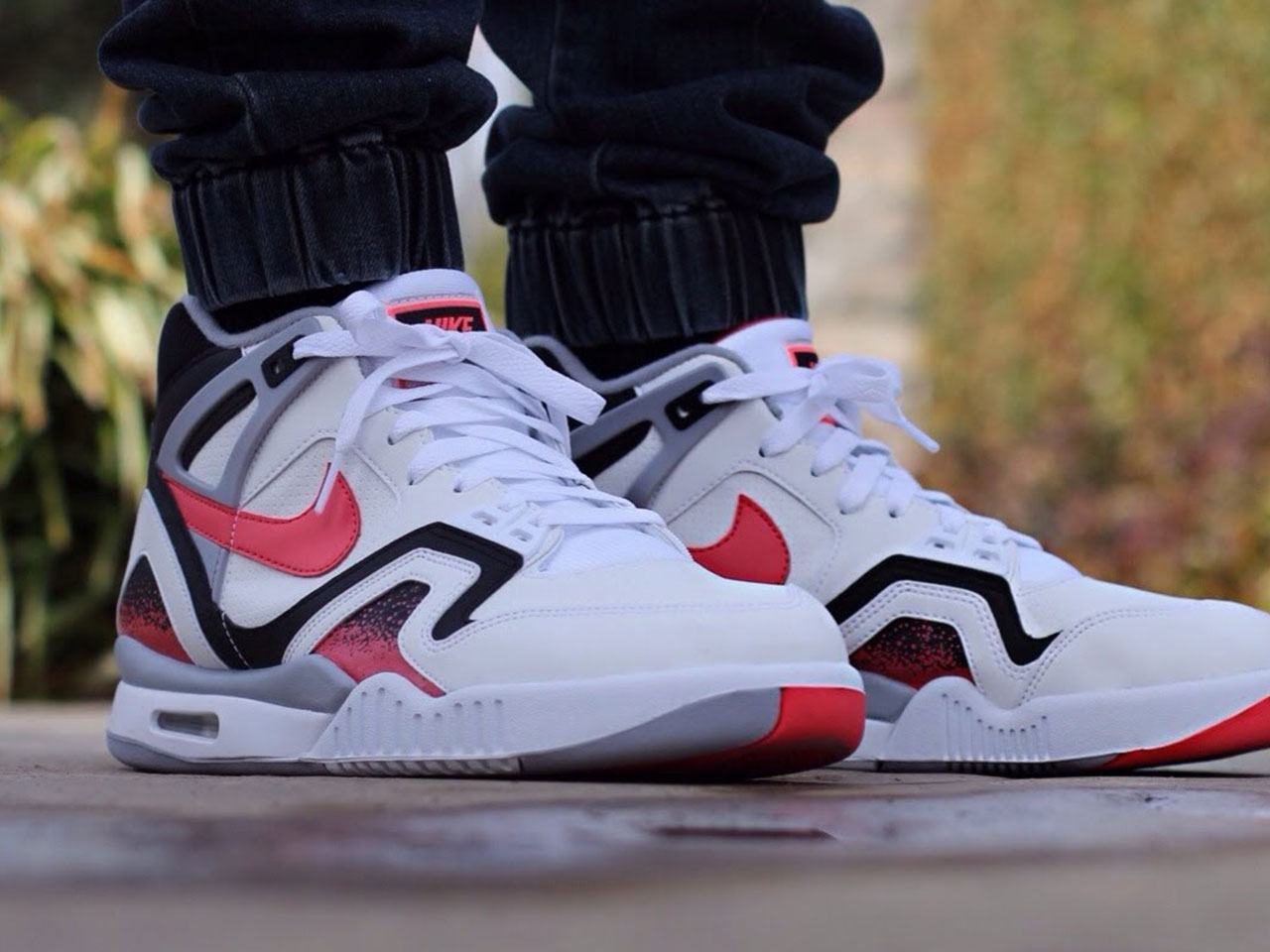 Nike air tech challenge ii hot lava 2014 onemesh - Nike air tech challenge ...