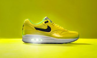 Nike Air Max FaceBook vibrant yellow
