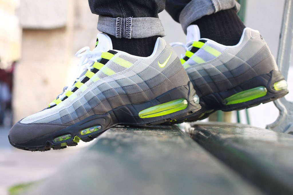 newest 796ba 3cf89 nike-air-max-95-id-neon-alternate-par-sneakers-addict-1