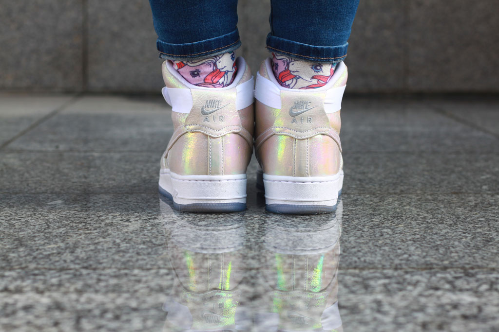 Air Force 1 iridescent pearl