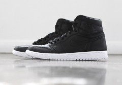 Nike Air Jordan 1 Retro High OG Cyber Monday