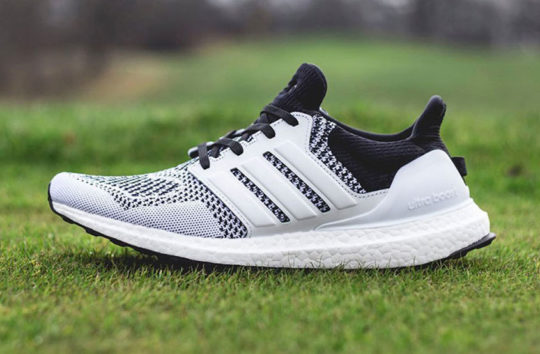 sneakersnstuff-adidas boost tee time pack 2