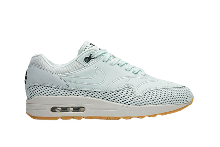 low priced ef976 8a67d How to buy the Nike Air Max 1 SI Barely Green Womens