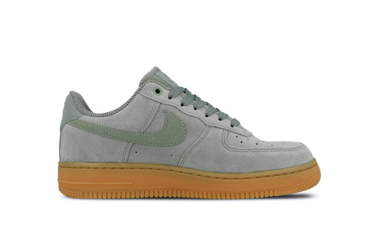 Nike Air Force 1 07 SE Mica Green AA0287-301