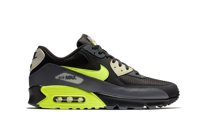 0ae7c1bd8a0036 ... How to buy the Nike Air Max 90 Black Volt ...