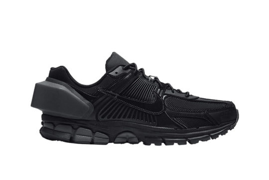 A-COLD-WALL* x Nike Zoom Vomero +5 Black at3152-001
