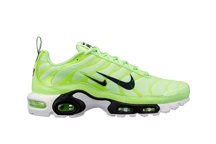 How to buy the Nike TN Air Max Plus Overbranding Lime   2d20edc12