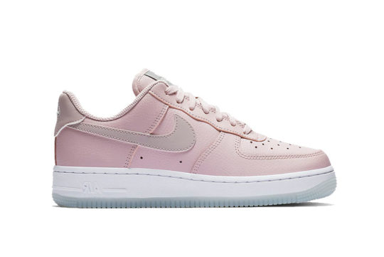 Nike Air Force 1 07 Essential Plum White ao2132-500