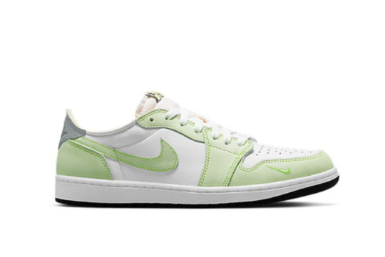 Jordan 1 Low OG Ghost Green